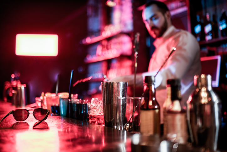 bartender prepping drinks